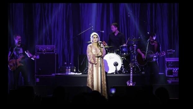 A singer Qatar Dana al Fardan